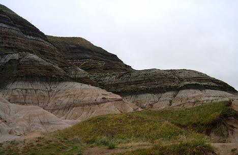 K-T boundary in rocks near Drumheller, Alberta, Canada